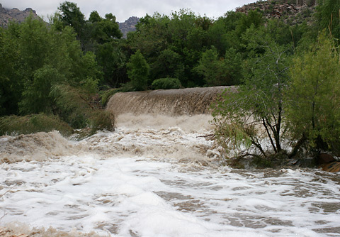 Flooding at Sabino Canyon dam on July 29, 2006