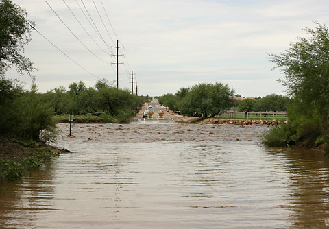 Flooding in Tanque Verde Wash in Tucson on July 31, 2006